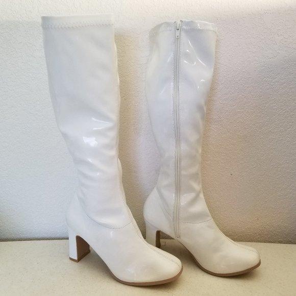 "Funtatsma GoGo Boot White 6 Stretch Patent 3"" Heel"